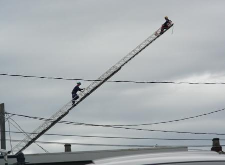 ladderfirefighters.jpg