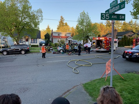 cbfe28cb225d UPDATE  ~99-year-old man extricated from car